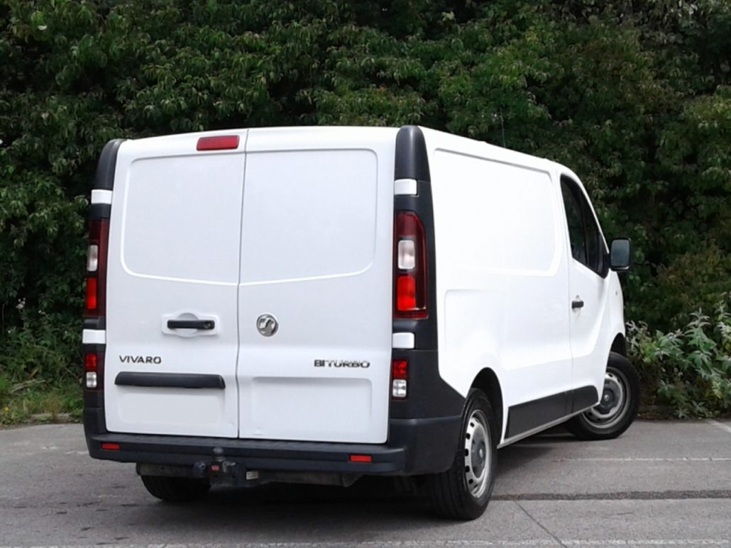 2015 Vauxhall Vivaro courier van to rent - WeFlex
